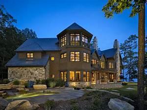 Two Lake Keowee Residences take home 2010 Design ...