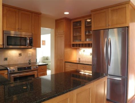 honey maple cabinets home