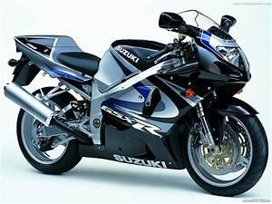 antique motor bikes: suzuki sports bikes 2012 pics