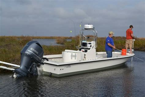 Avenger Boats by Avenger Bay Boats The Hull Boating And Fishing