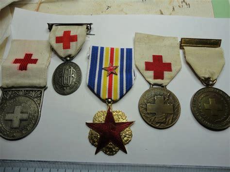 si e croix fran ise qqles medailles croix et blessé