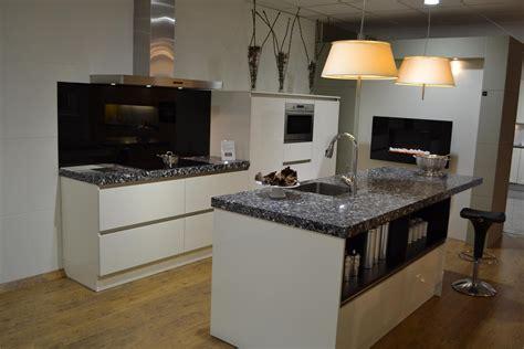 Prijs Hoogglans Keuken by Prijs Keuken Ikea Affordable Keller Keuken Wit Hoogglans