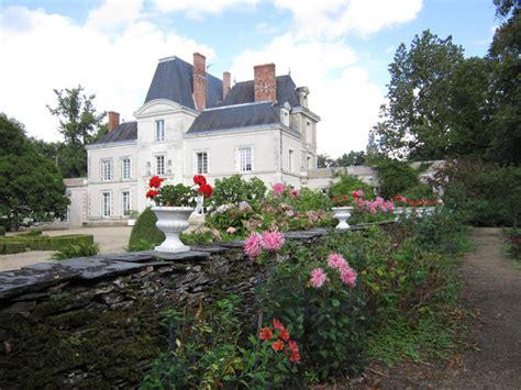 chambres d hotes chateau de la loire château mirvault chateau en mayenne à chateau gontier