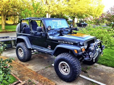 jeep model wrangler year  exterior color