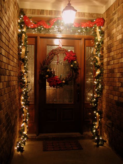 front house christmas decorations 35 front door christmas decorations ideas
