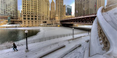 chicago snow arctic cold returning    inches