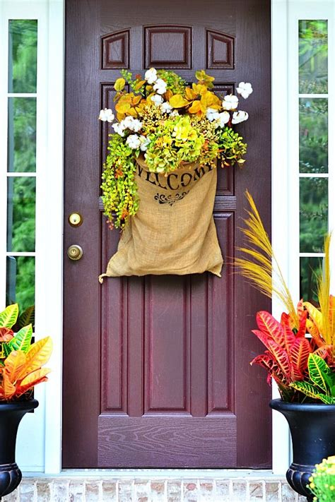 staging  home  fall creating curb appeal home