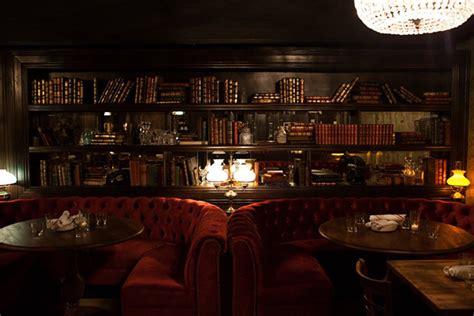 Chicago 7 Authentic Basement Bar Experiences