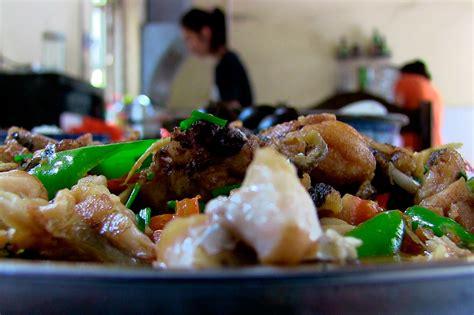 le monde de la cuisine 560 repas 10 pays et 46 500 km food food a fait
