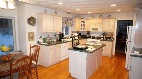 Saunderstown, RI   Kitchen & Countertop Center of New England