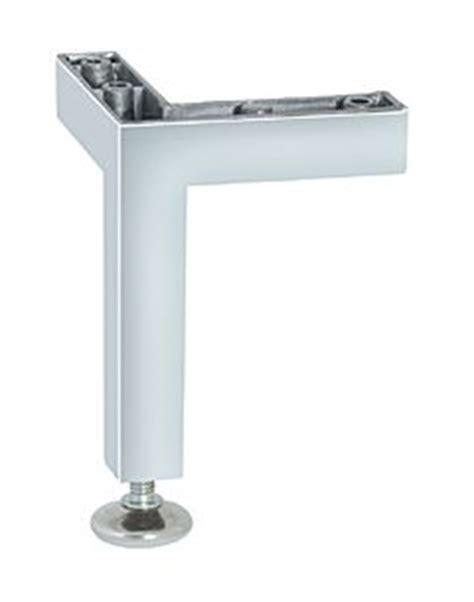 pied de meuble de cuisine pied de meuble aluminium cuisinesr ngementsbains