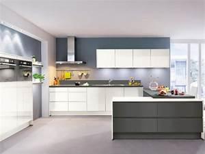 Lyon Negoce Auto : la marque de cuisine varia veut p n trer le march fran ais ~ Gottalentnigeria.com Avis de Voitures