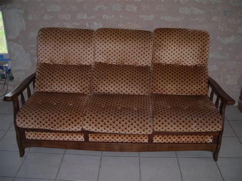 refaire un canapé canapé avant aprés il était une fois les trésors de