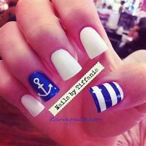 Best 25+ Sailor nails ideas on Pinterest | Nautical nail ...