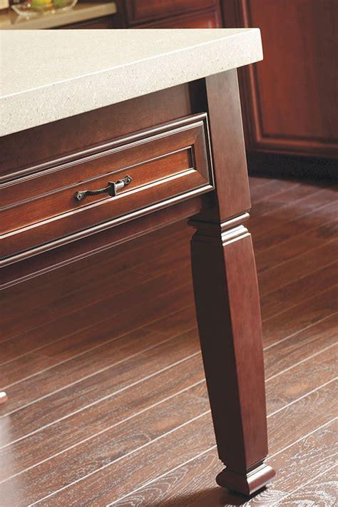 Square Island Leg   Decora Cabinetry