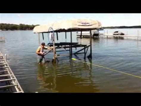 Boat Lift Float And Drop In Place by Aluminum Boat Lift Removal Doovi