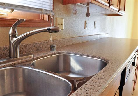 5 Reasons To Use Solid Surface Countertops