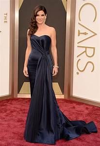 Sandra Bullock Is Beautiful in Blue at 2014 Oscars [PHOTOS]