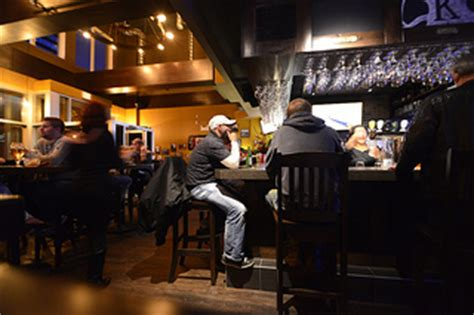 Bar Edmonton by Where Are The Best Dive Bars In Edmonton