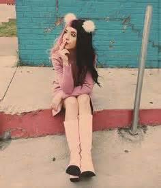 Emilie Amar Insta : melanie martinez reveals adorable cry baby cover art and tracklist idolator music i need ~ Medecine-chirurgie-esthetiques.com Avis de Voitures