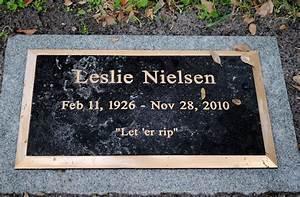 Leslie Nielsen (1926 - 2010) - Find A Grave Memorial