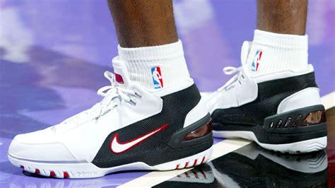 nba story  lebrons nike ad  debut shoe
