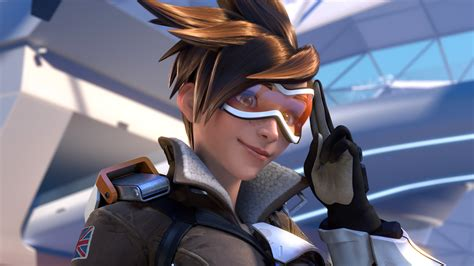 Overwatch Tracer Guide Tips Tricks And Strategies Dot