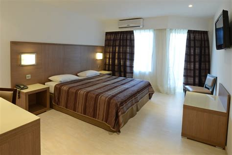 chambre h el chambres d 39 hôtel à calvi dormir à calvi