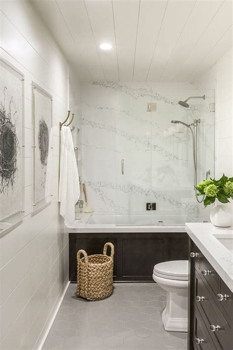 Best Small Bathroom Ideas by Best 25 Guest Bathroom Remodel Ideas On