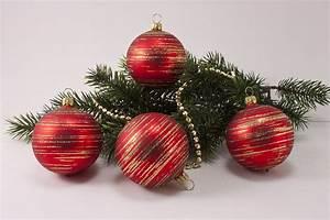 Weihnachtskugeln Glas Lauscha : 4 weihnachtskugeln 6cm rot matt gold geringelt ~ A.2002-acura-tl-radio.info Haus und Dekorationen