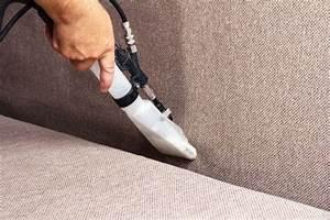 Couch Polster Reinigen : polster sessel und sofas reinigen 1000 haushaltstipps ~ Markanthonyermac.com Haus und Dekorationen