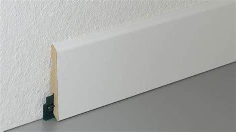 poser plinthe cuisine carrelage design poser plinthe carrelage moderne
