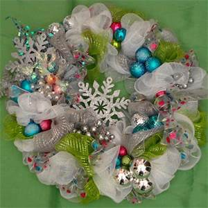 White Deco Mesh Wreath Deco Mesh Wall from LizandLaurie