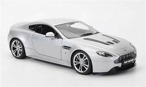 Aston Martin Miniature : aston martin v12 vantage miniature grise 2010 autoart 1 18 voiture ~ Melissatoandfro.com Idées de Décoration