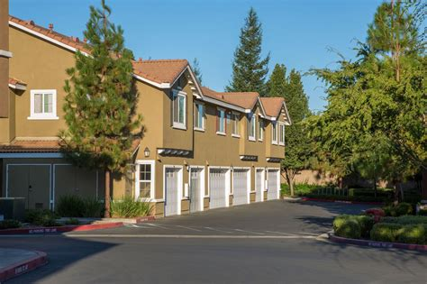 roseville apartments with garages at woodcreek west apartments roseville ca apartments