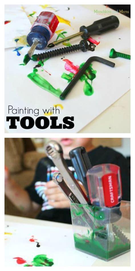 painting  tools munchkins  moms