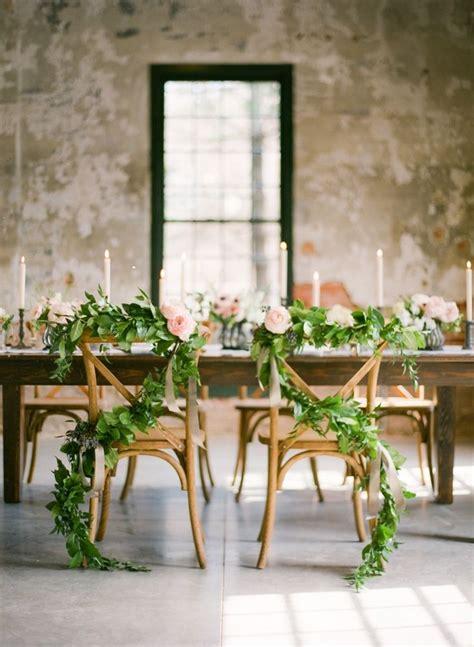 deco chaise mariage 12 décorations de chaises de mariage à tomber mariage