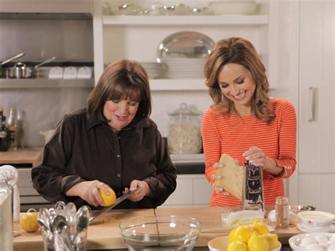 cuisine tv cooking with in the kitchen with ina garten barefoot contessa cook like a pro food