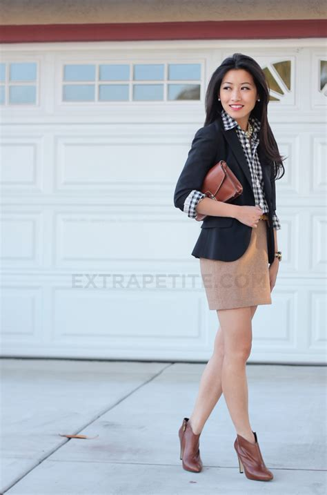 Style in a Suitcase Part 3 Black browns + ankle boot woes - Extra Petite