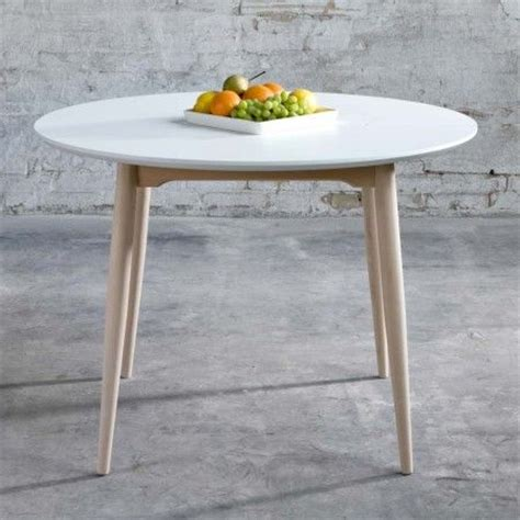 les 25 meilleures id 233 es de la cat 233 gorie table ronde sur table ronde design table