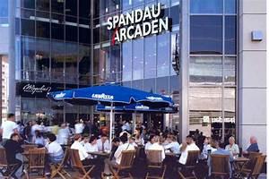 Spandauer Arcaden Läden : spandau arcaden infos gesch fte ffnungszeiten ~ Watch28wear.com Haus und Dekorationen