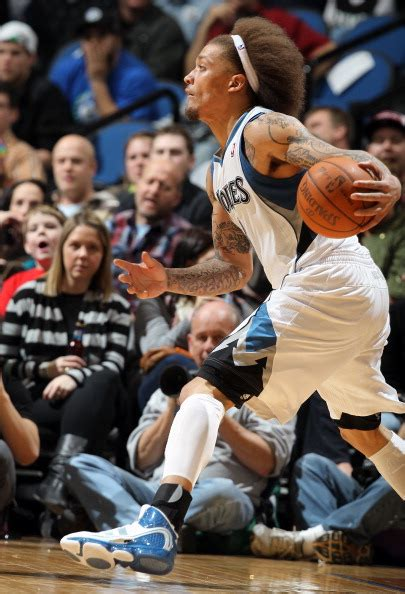 michael beasley cited  driving  suspended license excessive speeding   license