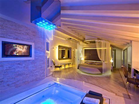 Hotel Con Vasca Idromassaggio In Lombardia 10 Hotel Con Camere A Tema In Lombardia Da Provare