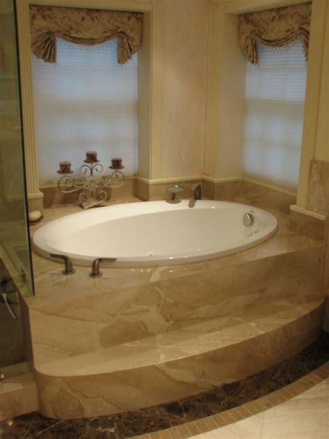 Bathroom Spa Tubs by Small Bathroom Design Ideas Featuring White Oval