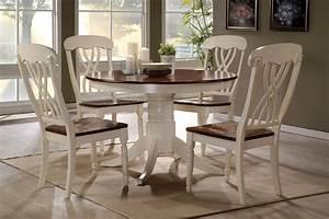 42 Lander Oak Buttermilk Round Kitchen Table Set Table for 4