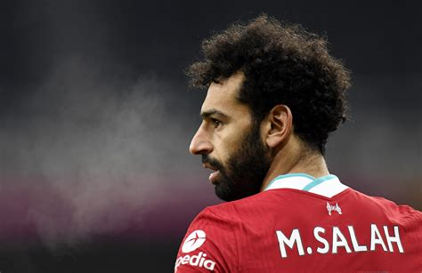 Mohamed Salah mourns the victims of the Sohag train ...