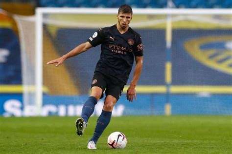 'Ridiculous pressure' being heaped on new Man City signing ...