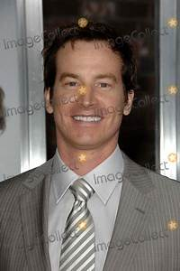 Rob Huebel Pictures and Photos