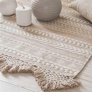 tapis en coton beige et blanc a motifs 60x90cm ryana With tapis de sol avec canapé 1m80