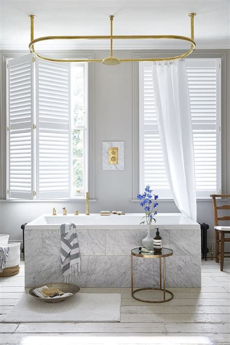 creative window treatment ideas   bathroom